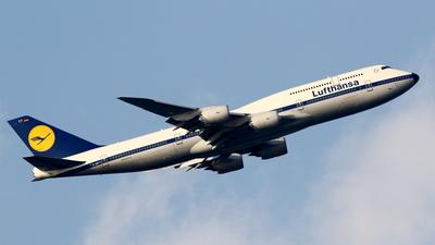 D-ABYT - Boeing 747-830 - Lufthansa