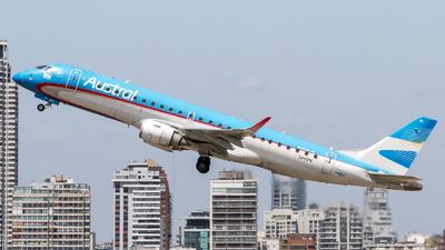 A picture of LVCPK - Embraer E190AR - Aerolineas Argentinas - © Fernando Ariel Torre