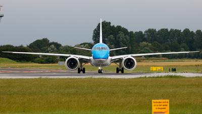 PH-NXA - Embraer 190-400STD - KLM Cityhopper