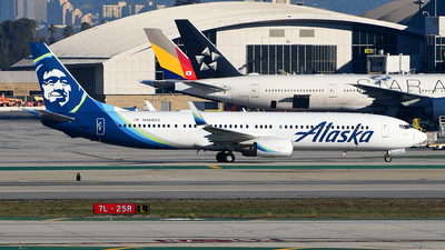 A picture of N469AS - Boeing 737990(ER) - Alaska Airlines - © Rocky Wang