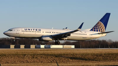 A picture of N24211 - Boeing 737824 - United Airlines - © DJ Reed - OPShots Photo Team