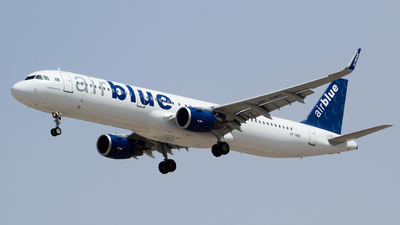 A picture of APBMO - Airbus A321211 - AirBlue - © Shajie Hussain