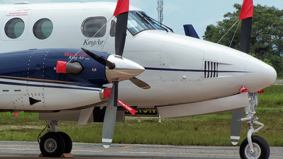 PR-FMT - Beechcraft B300 King Air 350 - Private