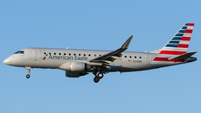 A picture of N213NN - Embraer E175LR - American Airlines - © Marco Papa