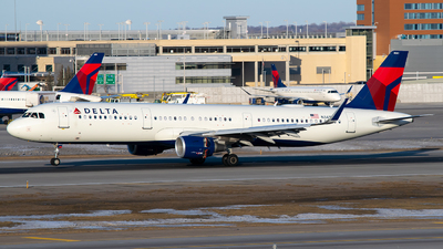A picture of N341DN - Airbus A321211 - Delta Air Lines - © Steve Rinde