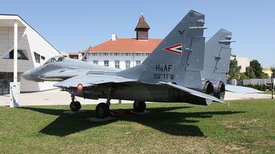 05 - Mikoyan-Gurevich MiG-29B Fulcrum - Hungary - Air Force