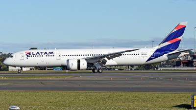 A picture of CCBGG - Boeing 7879 Dreamliner - [38461] - © Juan Contreras