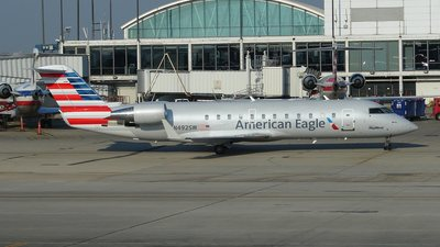 N492SW - Bombardier CRJ-100ER - American Eagle (SkyWest Airlines)