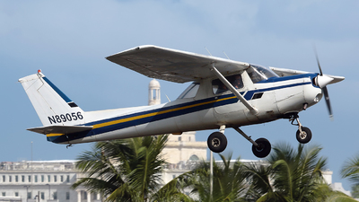 A picture of N89056 - Cessna 152 - [15282613] - © Angel Natal