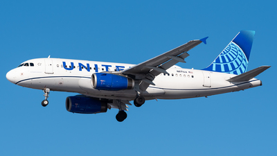 A picture of N871UA - Airbus A319132 - United Airlines - © Evan Dougherty