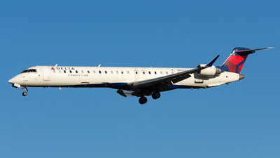 A picture of N913XJ - Mitsubishi CRJ900LR - Delta Air Lines - © Jake Oesterreich