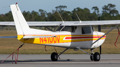 N4100V - Cessna 150M - Private