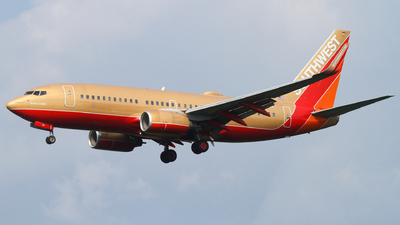 A picture of N711HK - Boeing 7377H4 - Southwest Airlines - © Connor Cummings