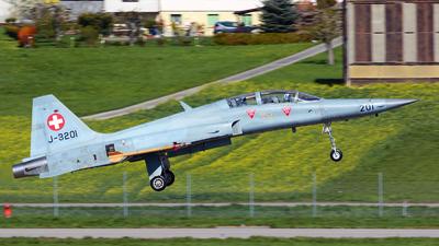 J-3201 - Northrop F-5F Tiger II - Switzerland - Air Force