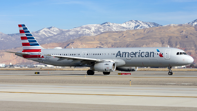 A picture of N925UY - Airbus A321231 - American Airlines - © Michael Rodeback