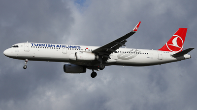 TC-JTF - Airbus A321-231 - Turkish Airlines