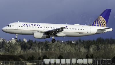 N469UA - Airbus A320-232 - United Airlines