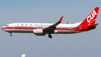 B-7370 - Boeing 737-89P - China United Airlines