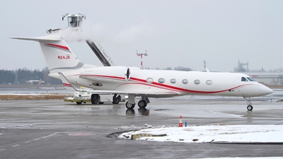 N24JR - Gulfstream G-IV - Clay Lacy Aviation