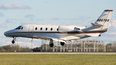 A picture of N667QS - Cessna 560XL Citation Excel - NetJets - © DJ Reed - OPShots Photo Team