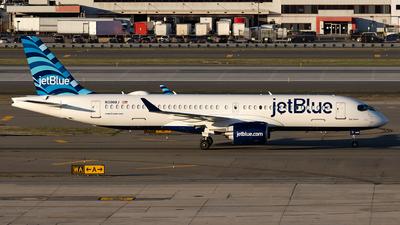 N3008J - Airbus A220-371 - jetBlue Airways