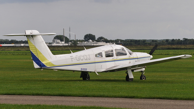 A picture of FGCQJ - Piper PA28RT201 Arrow IV - [28R8118023] - © Kees Marijs