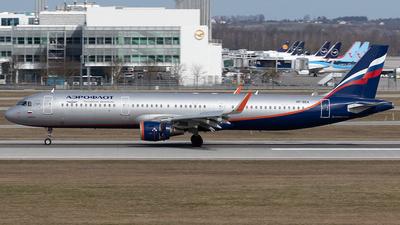 A picture of VPBEA - Airbus A321211 - Aeroflot - © Maximilian Haertl