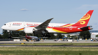 A picture of B2739 - Boeing 7878 Dreamliner - Hainan Airlines - © Song Yingqi