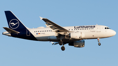 A picture of DAILE - Airbus A319114 - Lufthansa - © RobertLN