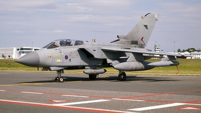 ZD847 - Panavia Tornado GR.4 - United Kingdom - Royal Air Force (RAF)