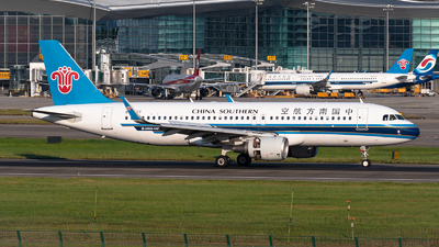 B-8357 - Airbus A320-214 - China Southern Airlines