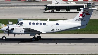 ZS-PPZ - Beechcraft 200 Super King Air - Médecins Sans Frontières