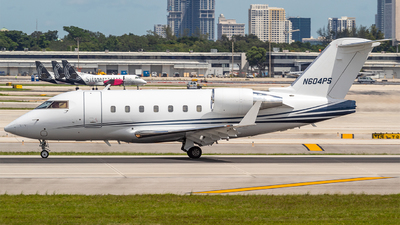 N604PS - Bombardier CL-600-2B16 Challenger 604 - Delta Private Jets