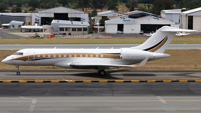 - Bombardier BD-700-1A10 Global 6000	 - Private
