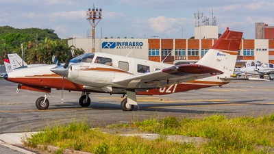 PT-OZI - Piper PA-34-220T Seneca IV - Private