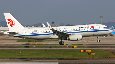 B-8582 - Airbus A320-232 - Air China