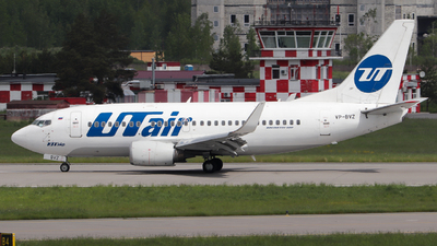 A picture of VPBVZ - Boeing 737524 - UTair - © Andrei Kurach
