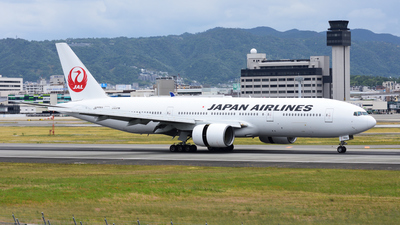 JA8984 - Boeing 777-246 - Japan Airlines (JAL)