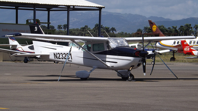 N23281 - Cessna 172M Skyhawk - Private