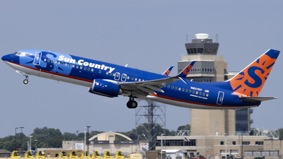 A picture of N821SY - Boeing 7378FH - Sun Country Airlines - © Brad Ice