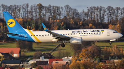 UR-PSW - Boeing 737-8KV - Ukraine International Airlines