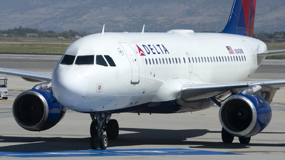 A picture of N345NB - Airbus A319114 - Delta Air Lines - © Michael Rodeback