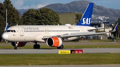 LN-RGL - Airbus A320-251N - Scandinavian Airlines (SAS)