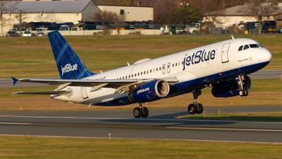 A picture of N766JB - Airbus A320232 - JetBlue Airways - © Elliott F Martin