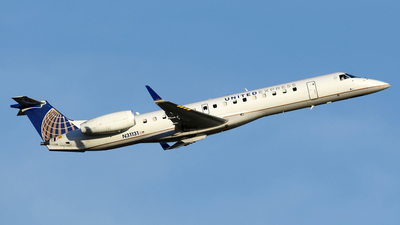A picture of N31131 - Embraer ERJ145XR - United Airlines - © DJ Reed - OPShots Photo Team