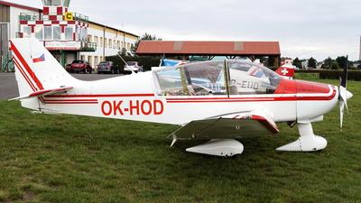 OK-HOD - Robin DR400/180R Remorqueur - Aeroclub Hodkovice