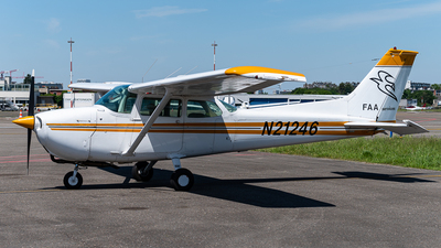 N21246 - Cessna 172M Skyhawk - Private
