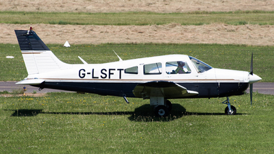 G-LSFT - Piper PA-28-161 Warrior II - Cabair