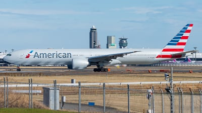 A picture of N732AN - Boeing 777323(ER) - American Airlines - © M Tanibata