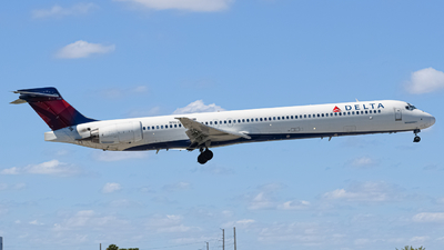 N963DN - McDonnell Douglas MD-90-30 - Delta Air Lines